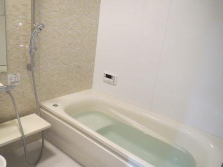 我が家のお風呂に採用したTOTOサザナの画像