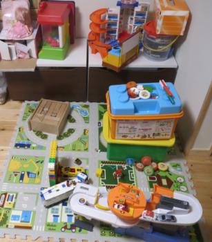 リビングのおもちゃコーナー