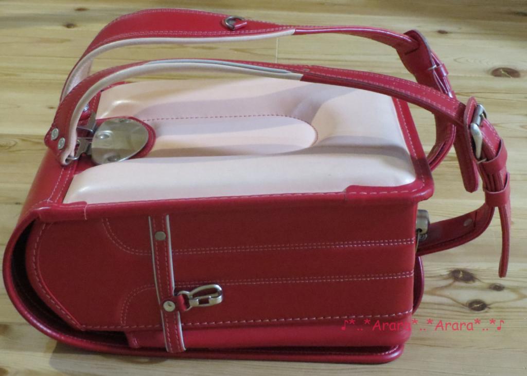 中村鞄のランドセル斜め横画像