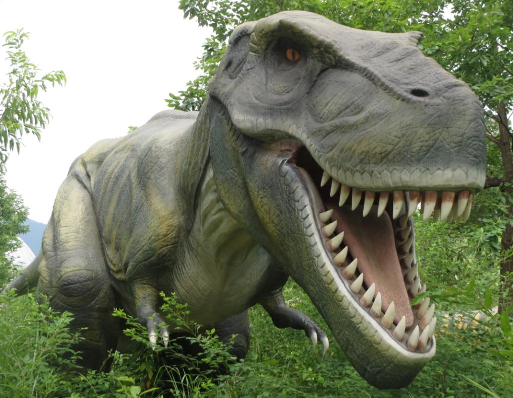勝山ディノパーク「ディラノサウルス」画像