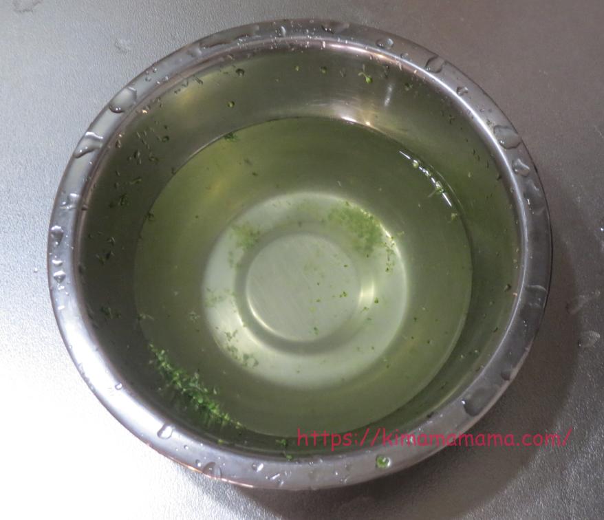 ベジセーフを入れた水でブロッコリーを洗った画像